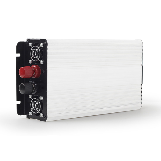 Picture of DC-AC inverter za auto GEMBIRD, in12Vout220V 800W EG-PWC-044